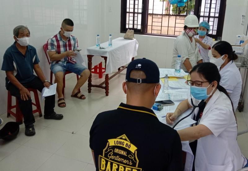 Hội An mở cửa đón khách: Cần sớm phủ vắc-xin