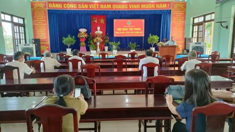 Tập huấn công tác hội cho cán bộ hội nông dân